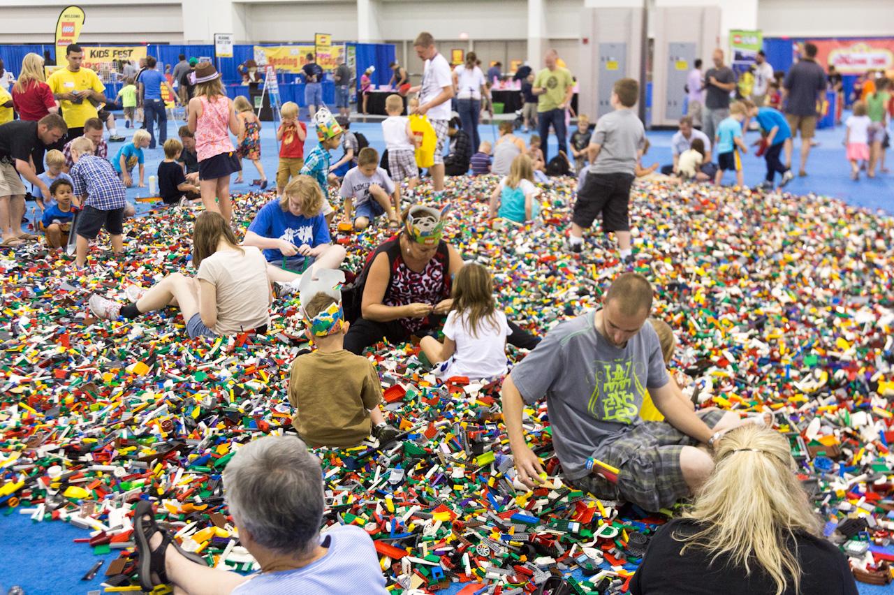 [Image: lego-kids-2.jpg]